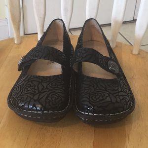 Alegria Shoe